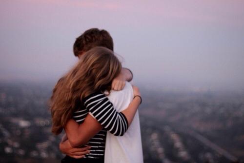 Resultado de imagen de hug love tumblr