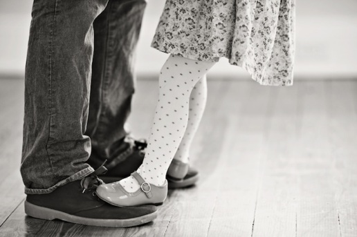 Father-and-Daughter-Recreate-Wedding-Photos-of-Late-Mom-4