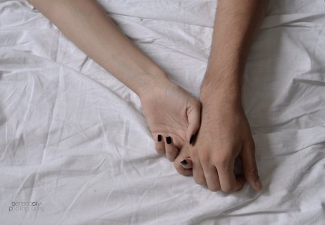 hold_my_hand__by_serenasilvi-d4a8flp